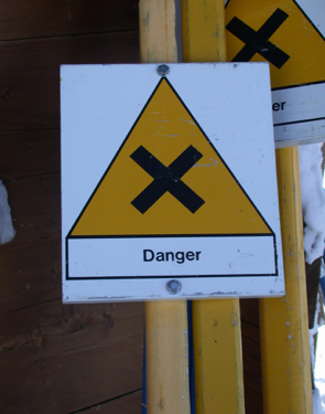 Danger - Sign Yellow